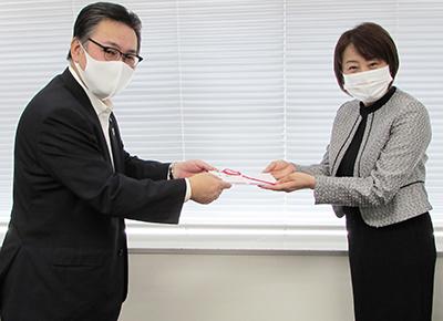 回胴遊商がアクロスジャパンに100万円